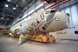 Thiết bị đệm khí Delu di chuyển cấu kiện máy bay